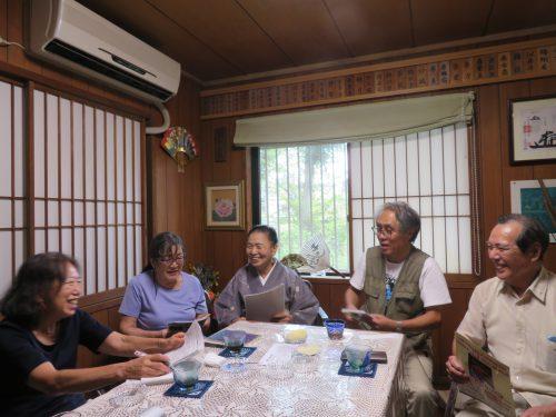 かわさき民話を愛する会のメンバー